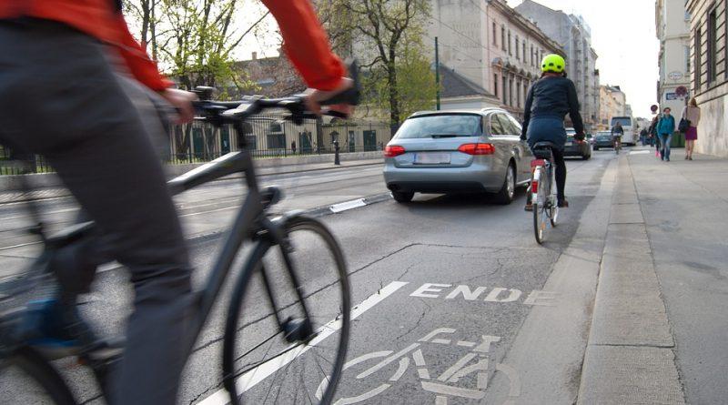 Возење точак без раце