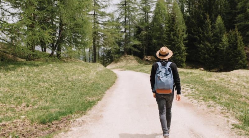 3 начини да се регенерирате по долгото пешачење